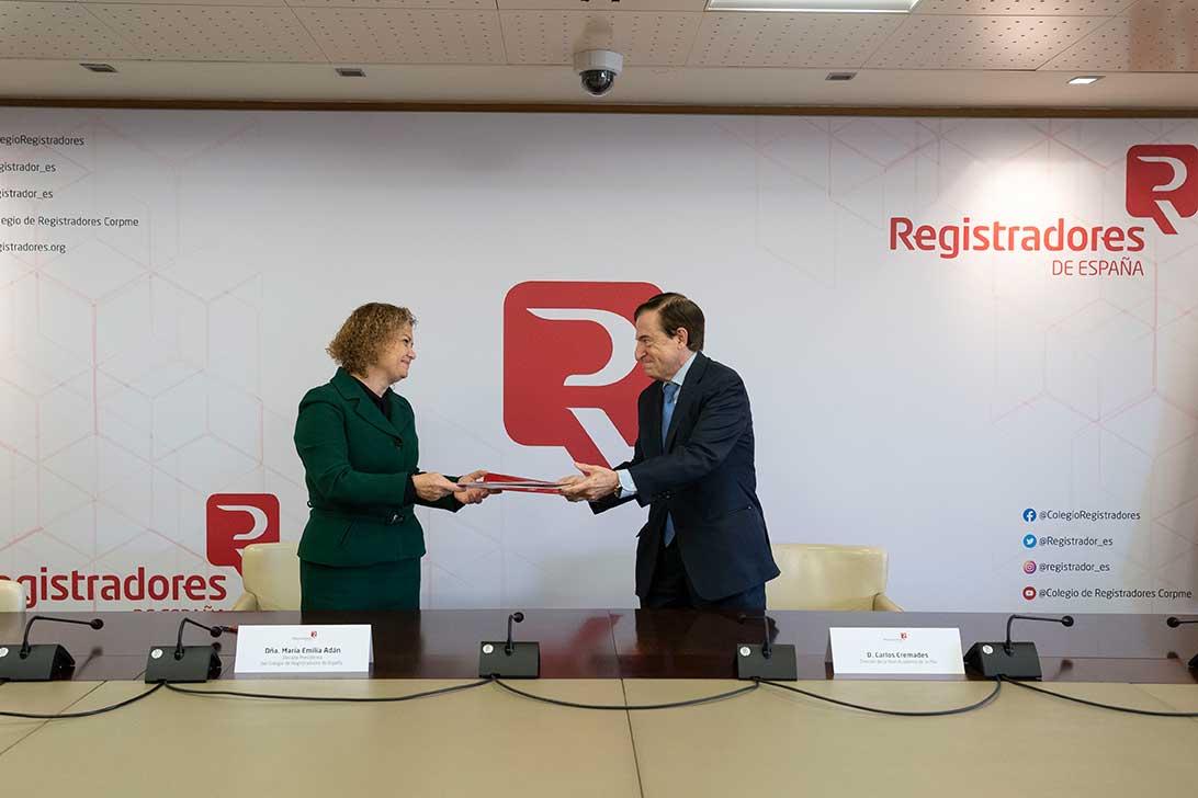 acuerdo de colaboracion entre colegio de registradores y real academia de la mar 02